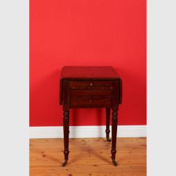 Kleiner Pembroke Tisch 12718