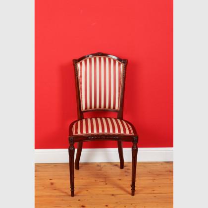 Stuhl ohne Armlehnen von sehr guter Qualität 12721