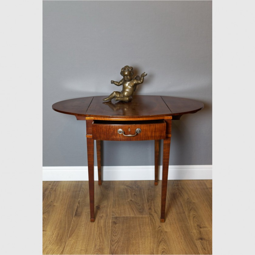 kleiner klapptisch mit schublade mahagoni george iii england um 1790 the english house. Black Bedroom Furniture Sets. Home Design Ideas