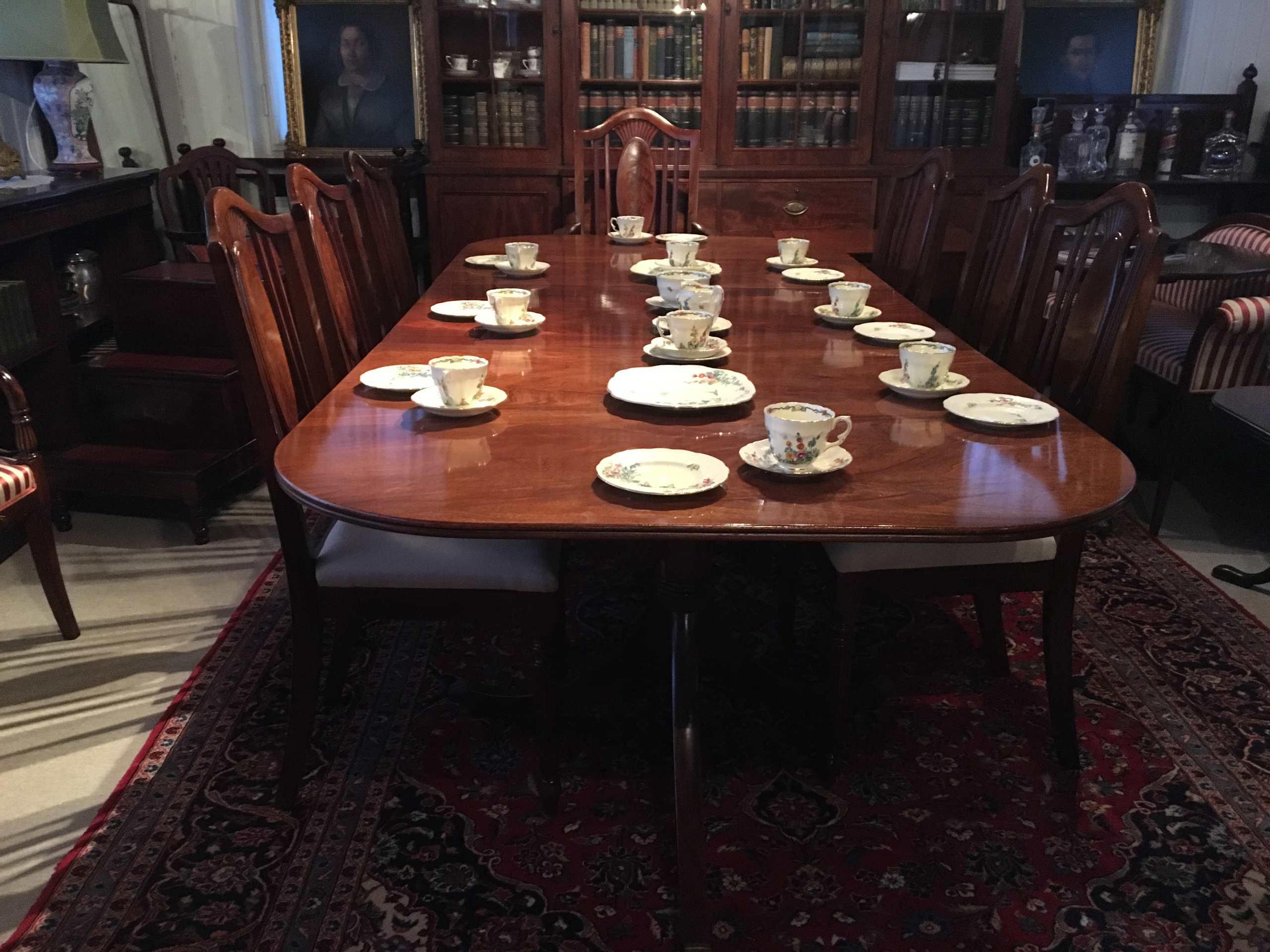 """Esstisch Sog. """"Two Pillar Dining Table"""""""