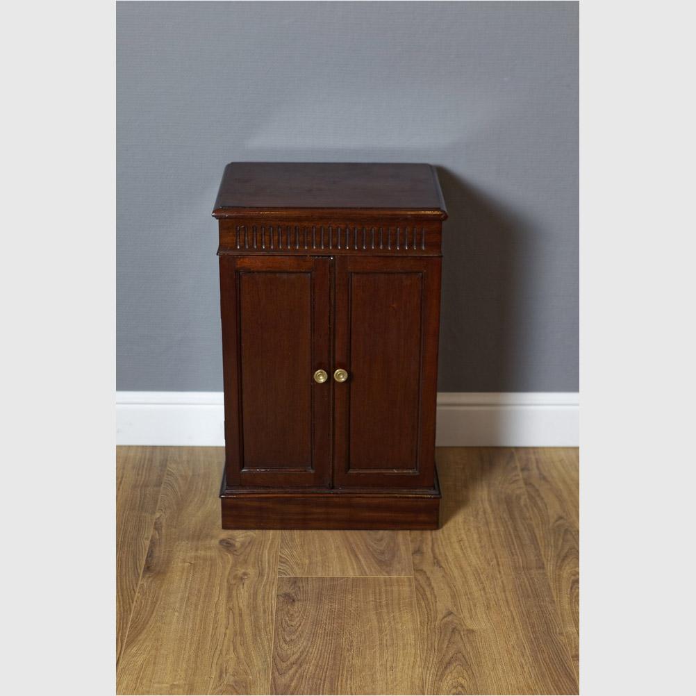 Side Cabinet, Mahagoni