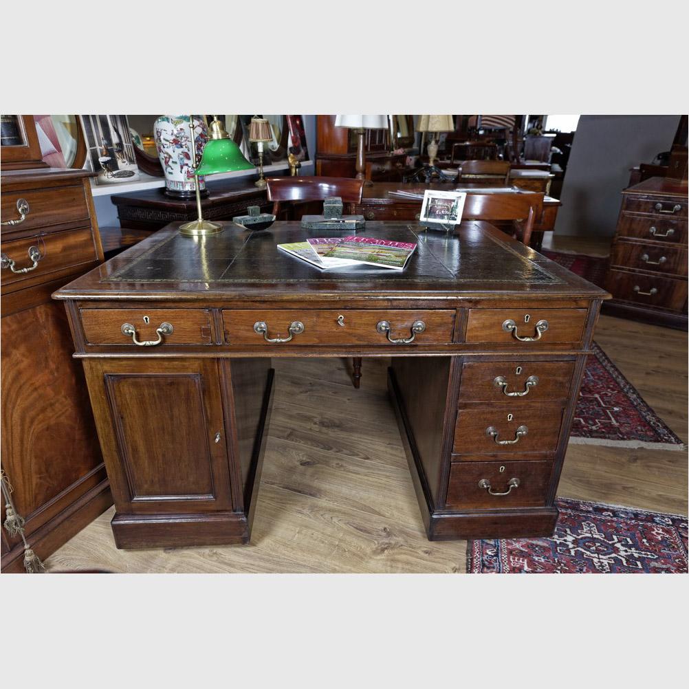"""Kleiner """"Partner´s Desk"""", Mahagoni"""