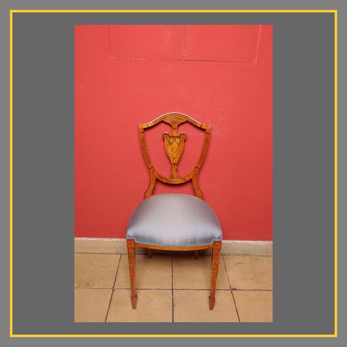 Sehr Seltener Seidenholz Stuhl