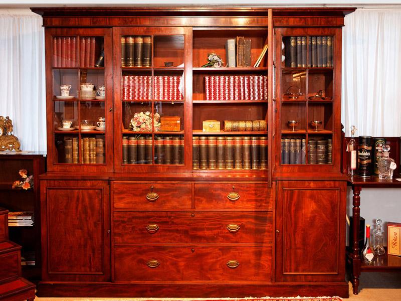 Antiques exhibition
