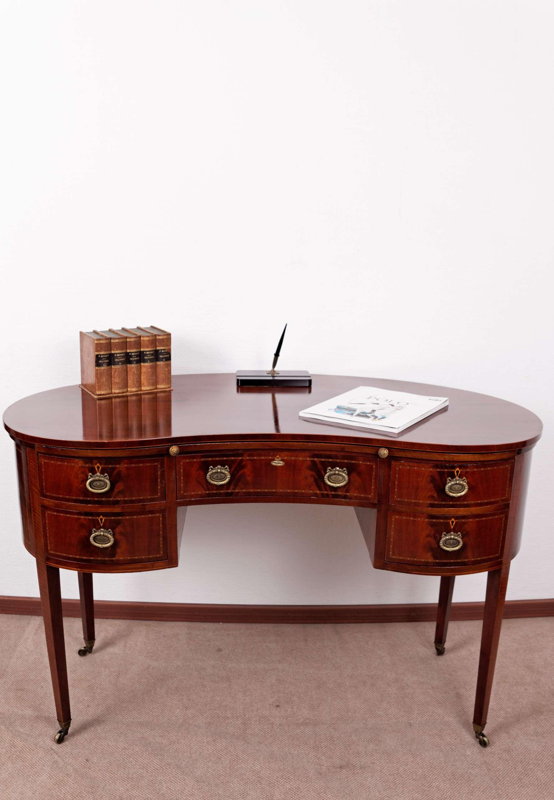 Intarsierter Nierenförmiger Schreibtisch, Mahagoni, Edwardian